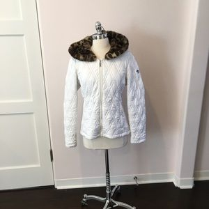 Spyder Pure White quilted ski jacked w/ fur hood